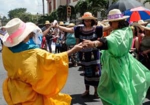 Women in solidarity in San Pedro Sula, Honduras. (Photo: ERIC/Radio Progreso)