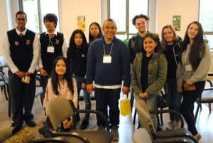 Wydmarck Kwan (centre) with students from his workshop.