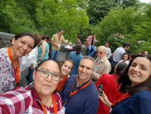 During a Comparte workshop break there is time for cuchicheo and a selfie. Miriam Lopez-Villegas is on the far right. (Photo: Meraris Carolina López Díaz, Central American University)